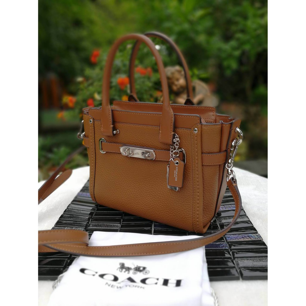 COACH F37444 COACH SWAGGER 21 CARRYALL IN PEBBLE LEATHER