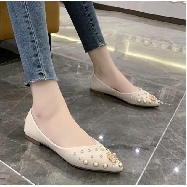 รองเท้าส้นแบนผู้หญิงรองเท้าคัชชูหัวแหลมรองเท้าเดี่ยว Rhinestone