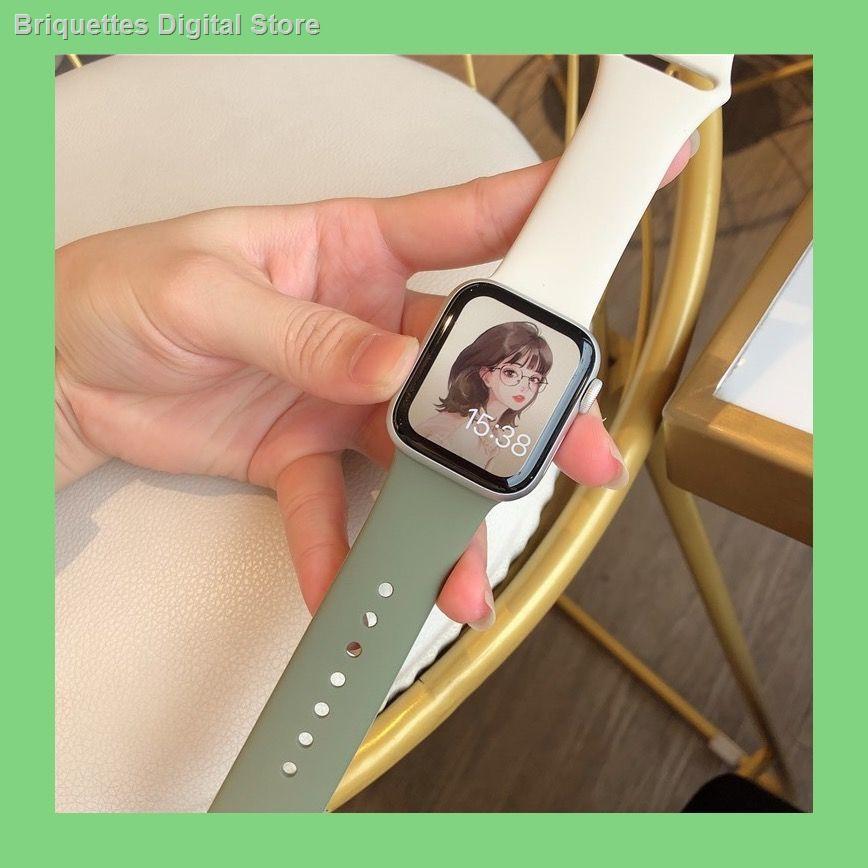 【อุปกรณ์เสริมของ applewatch】☃✜❀ใช้ได้กับสายซิลิโคน Applewatch การจับคู่สีลูกกวาด สายนาฬิกา iwatch SE6 / 5/4/3/2 กีฬาแ