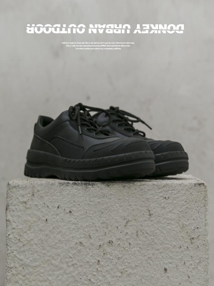 <พร้อมส่ง>รองเท้าคัชชูผู้ชายลาช่างพูดDonkey รองเท้าผู้ชายรองเท้าน้ำกลางแจ้งสบายๆรองเท้ากีฬาป่ารองเท้าสีดำขนาดเล็กรองเท้า