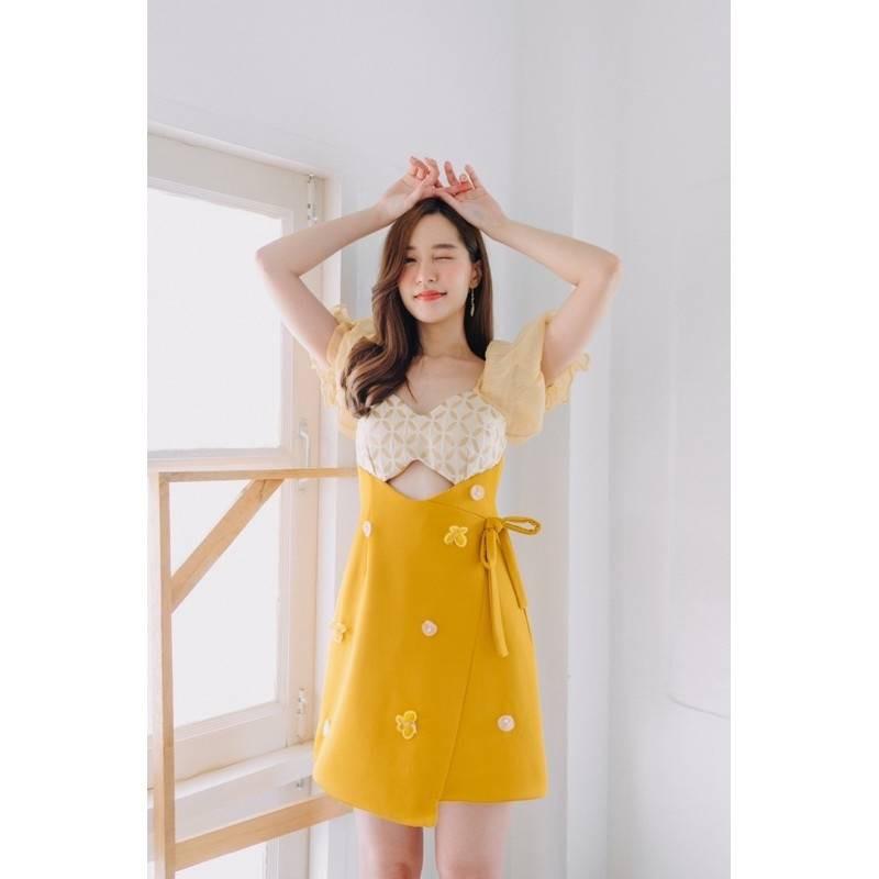 BLT Brand ชุดชุดคิ้วสีเหลืองมัสตราจไซส์ Xs