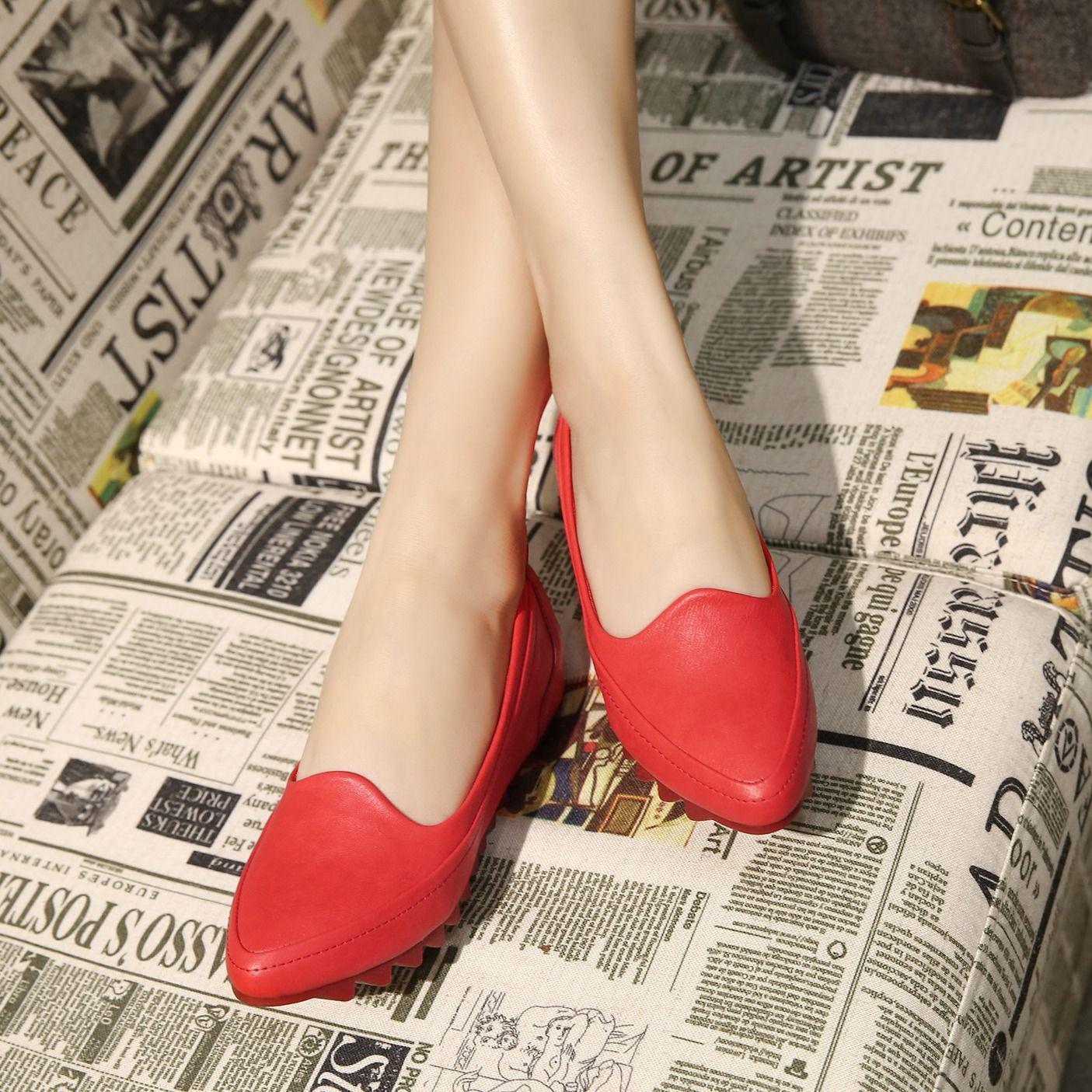รองเท้าคัชชูส้นเตารีด หลาเล็ก31 32 33ปากตื้นชี้รองเท้าเดียวลิ่มหญิงเพิ่มขึ้น4041รองเท้าPeasรองเท้าทำงานสีดำ Esgh