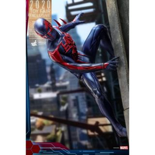 Hot Toys 1/6. Scale VGM42 : Spider Man 2099 Black Suit Action Figure Toy