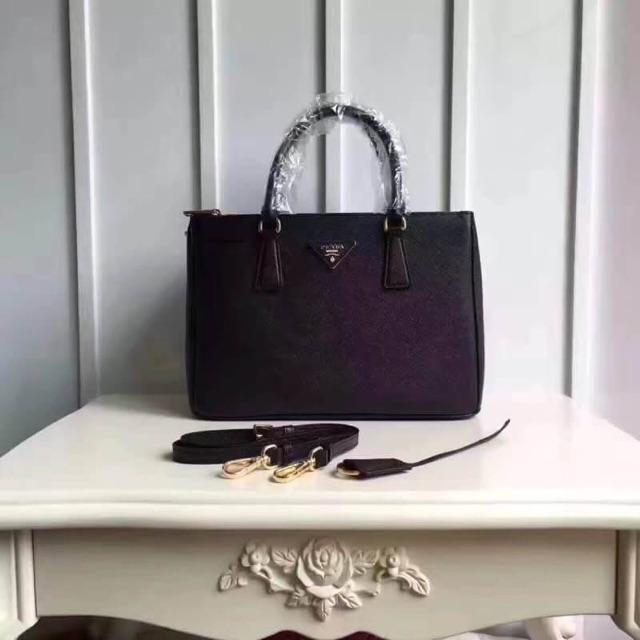 0676179538 Prada Saffiano Leather Handbag   Shoulder Bag Original