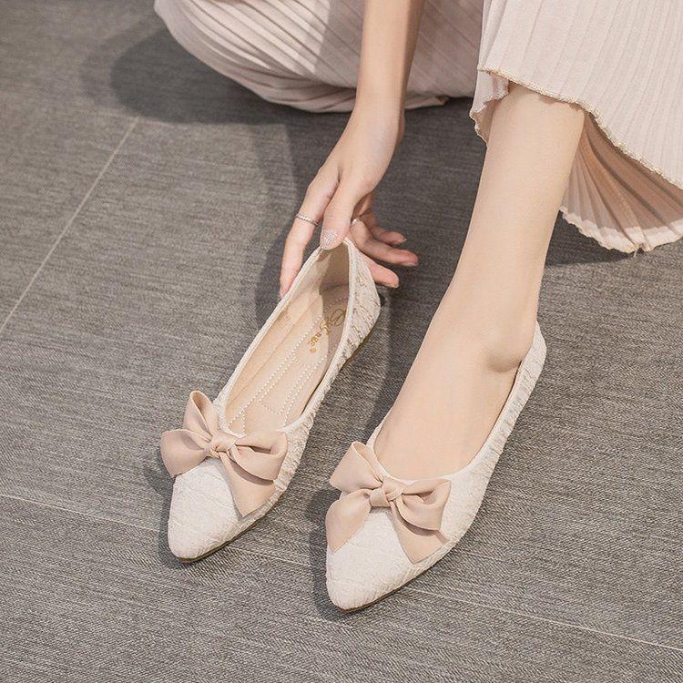 รองเท้าคัชชูหัวแหลมผู้หญิงรุ่นเกาหลีของรองเท้านางฟ้าย้อนยุคโบว์แบนทั้งหมด